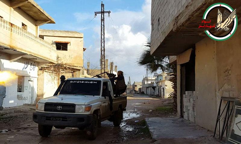 """مقاتلو """"لواء شهداء إنخل"""" شمالي درعا - 2016 (فيس بوك)"""