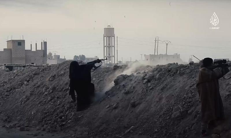 """نساء في تنظيم """"الدولة الإسلامية"""" على جبهات دير الزور - 8 شباط 2018 (مركز الحياة للإعلام)"""