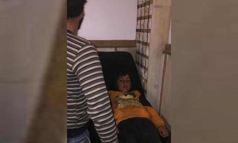 طفل أصيب بتسمم في مخيم للاجئين السوريين في عكار - 8 شباط 2018 (NNA)
