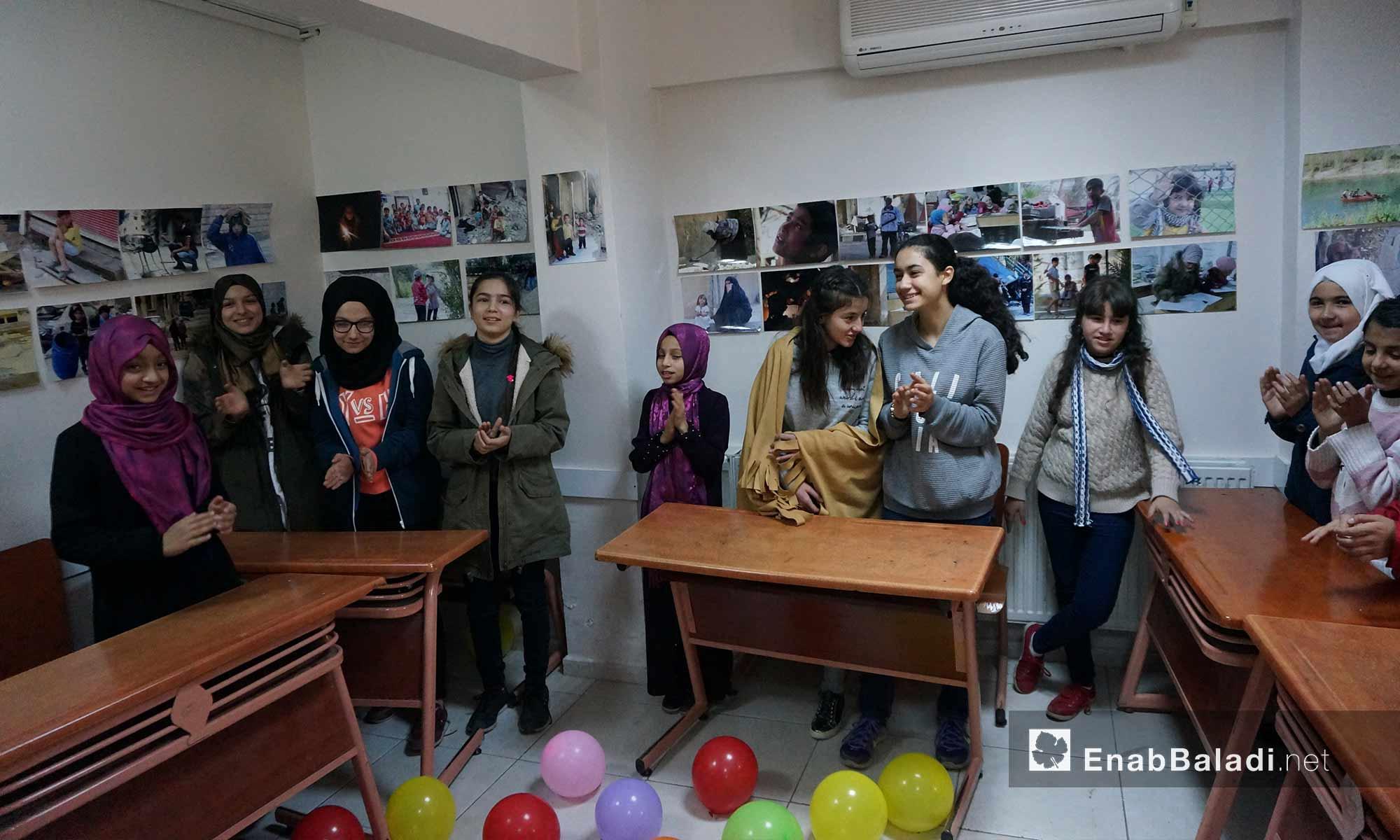 جانب من نشاطات معرض لسوريات وأتراك شاركن بمبادرة مجتمعية في أورفة - 24 شباط 2018 (عنب بلدي)