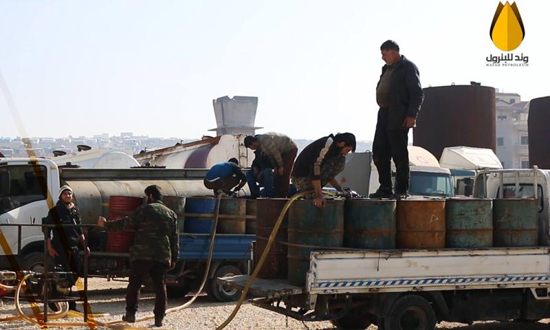 توصول الدفعة الثانية من المحروقات الى سوق سرمدا في ادلب-8 شباط (شركة وتد فيس بوك)