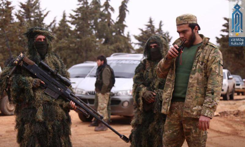 عناصر من فصيل صقور الشام خلال المواجهات العسكرية مع هيئة تحرير الشام - آذار 2018 (أحرار الشام)