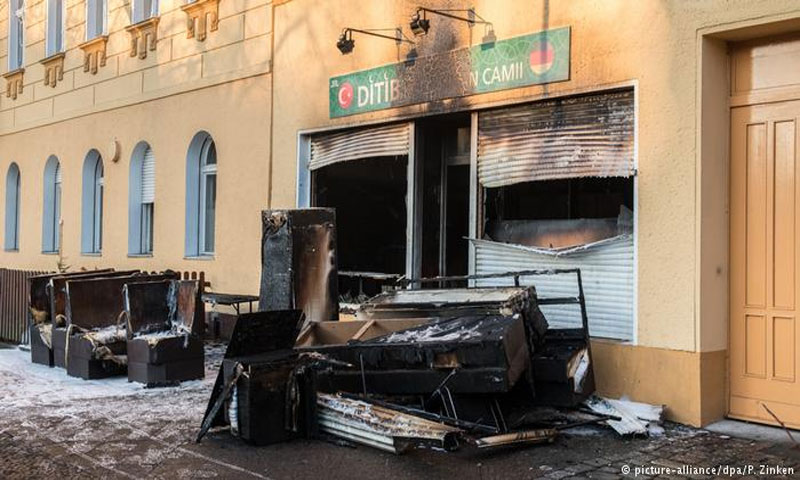 هجوم على مسجد في برلين الأحد 11 آذار (DPA)