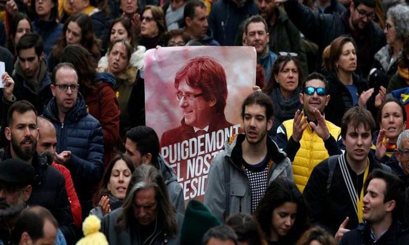 مظاهرات تطالب بإطلاق سراح بوجديمون (دوتشيه فيله)