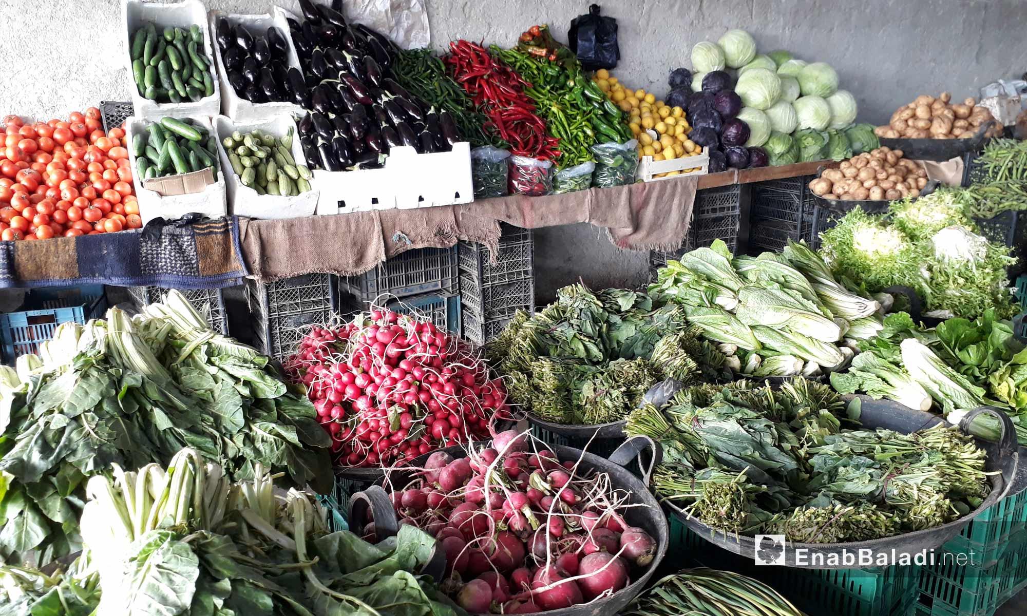 سوق الخضار في منطقو سجو بريف حلب الشمالي - 7 آذار 2018 (عنب بلدي)