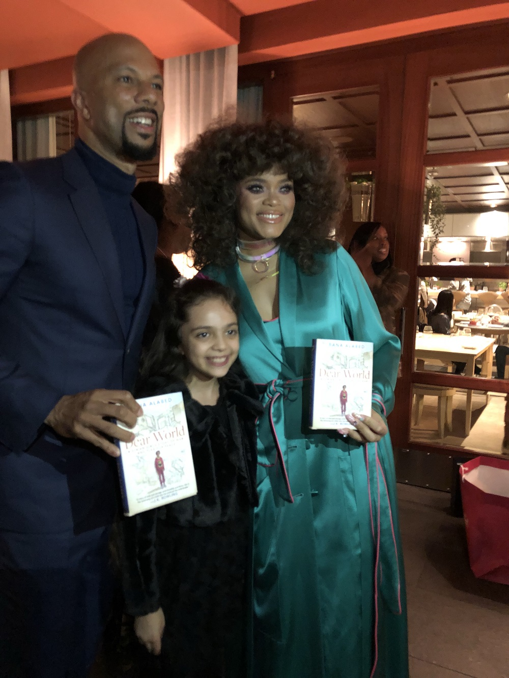 بانا العابد مع ممثلين أمريكين في حفل توزيع جوائز الأوسكار في هوليوود الأمريكية - 4 آذار 2018 (تويتر)