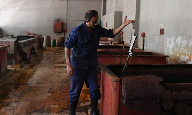 مصنع لإنتاج وإصلاح البنادق والمدافع في محافظة حماة (سبوتنيك)