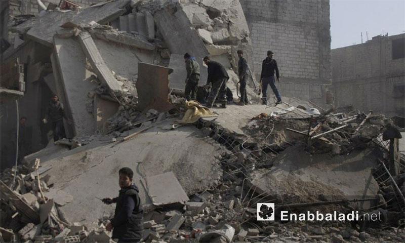 آثار القصف على بلدة حمورية في الغوطة الشرقية (عنب بلدي)