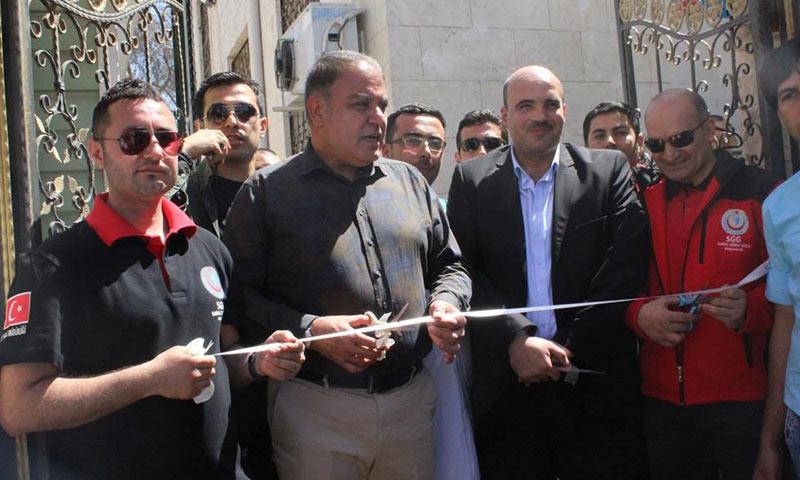 زيارة وفد تركي على رأسه والي كلّس التركية لافتتاح مشاريع خدمية شمالي حلب - 7 من نيسان 2018 (المجلس المحلي في اعزاز)