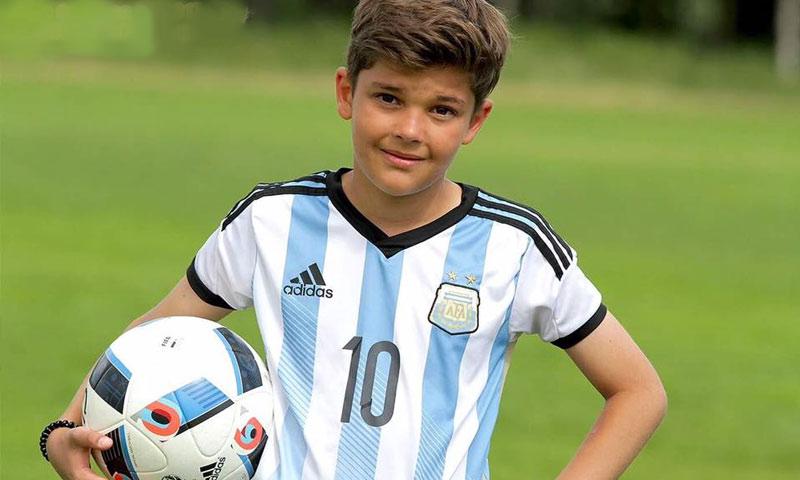 الطفل السوري آدم الحاج (صفحة والده في فيس بوك)