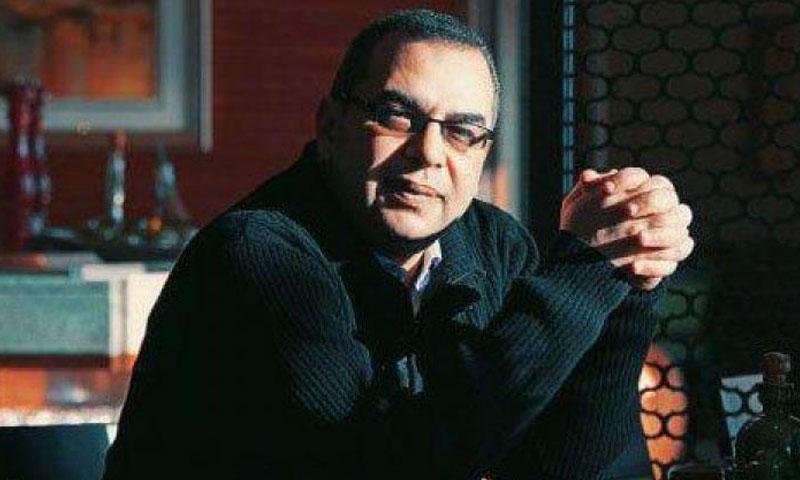 الأديب المصري أحمد خالد توفيق (فيس بوك)