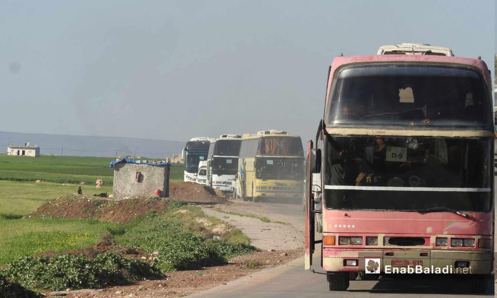قافلة الدفعة الثالثة من دوما تصل ريف حلب الشمالي - 5 من نيسان 2018 (عنب بلدي)