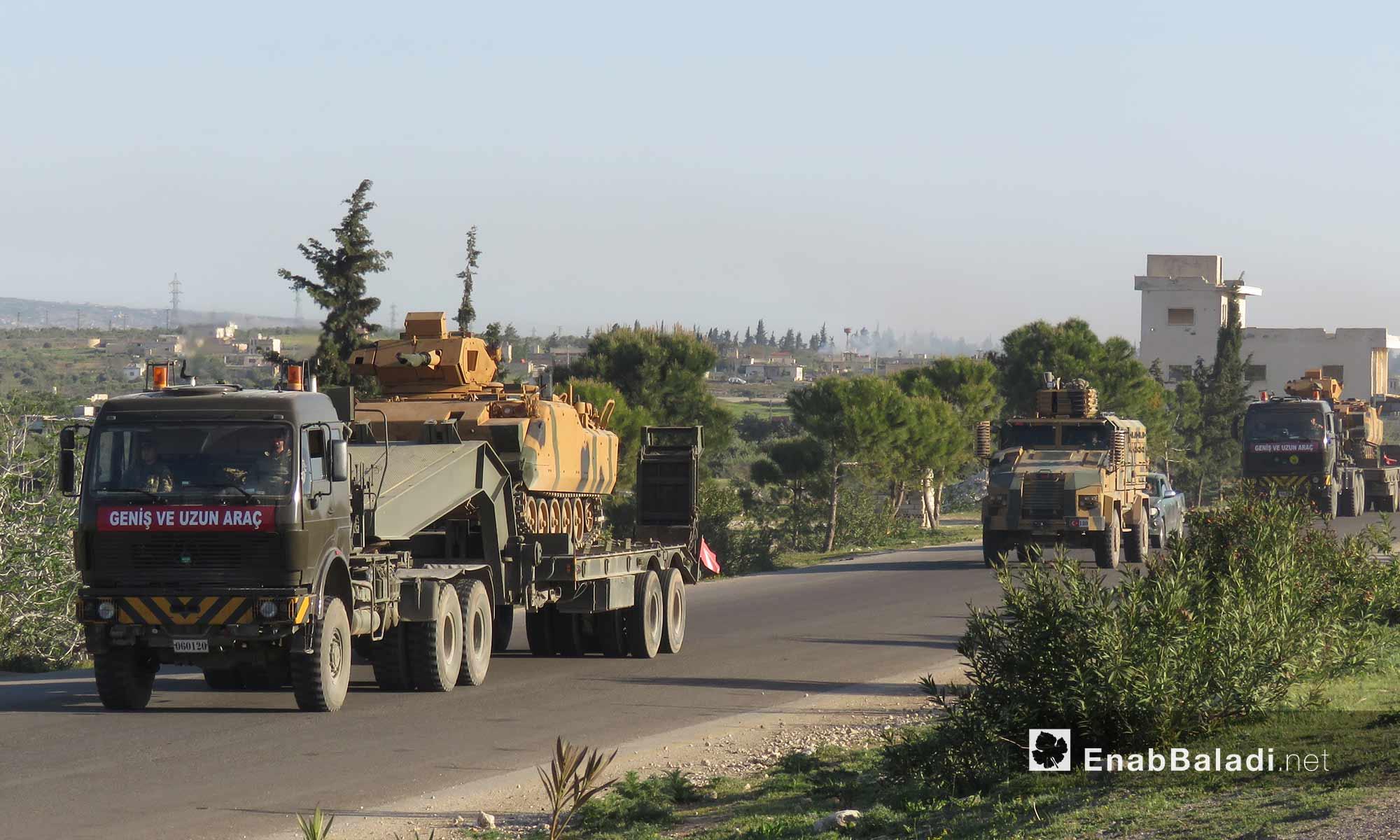 دبابات ضمن رتل تركي يدخل ريف حماة لتبيث نقطة المراقبة التاسعة - 7 نيسان 2018 (عنب بلدي)