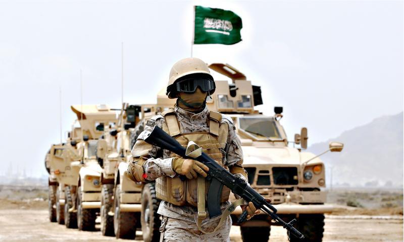 جندي من الجيش السعودي ضمن مناورات على الحدود اليمنية السعودية - (انترنت)
