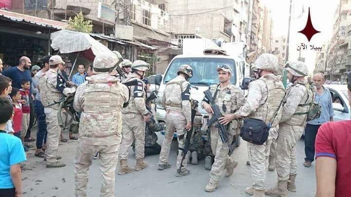 الشرطة العسكرية الروسية تلقي القبض على عناصر لقوات الأسد خلال عمليات التعفيش بجنوب دمشق- 26 أيار 2018 (ببيلا اليوم)