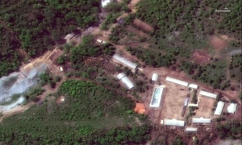 منشأة بونجي-ري الكورية الشمالية للاختبارات النووية في صورة التقطت بالقمر الصناعي في اقليم هامجيونج الشمالي في كوريا الشمالية في 23 أيار 2018 (رويترز)