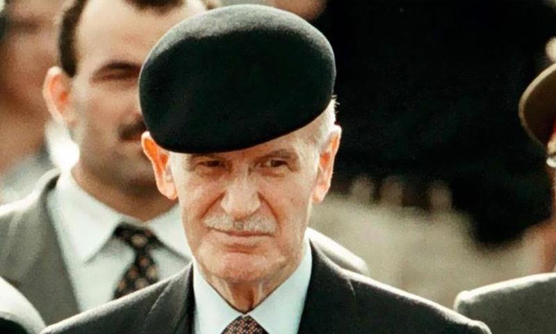 الرئيس السابق للنظام السوري، حافظ الأسد
