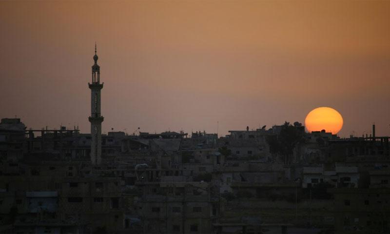 غروب الشمس في درعا - 20 نيسان 2018 (AFP)
