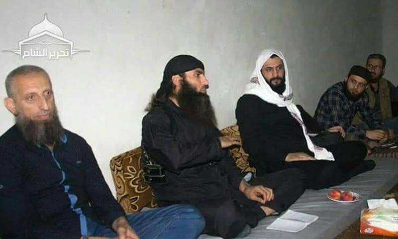 أبو محمد الجولاني خلال اجتماعه مع قادة الهيئة في الغوطة الشرقية - 10 من حزيران 2018 (تحرير الشام)