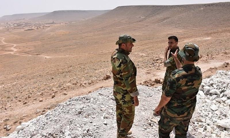 عناصر من قوات الأسد في بادية السويداء - تشرين الثاني 2018 (فيس بوك)