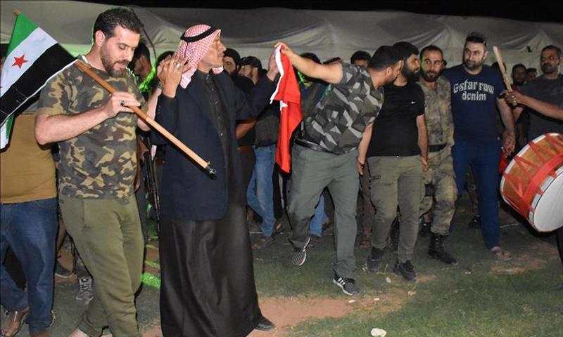 احتفالات في اعزاز شمالي سوريا بمناسبة فوز أردوغان بالانتخابات الرئاسية- 24 حزيران 2018 (الأناضول)