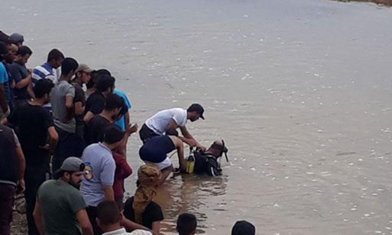 سكان جرابلس يحاولون انقاذ الغرقى 4 حزيران 2018 (جرابلس نيوز(