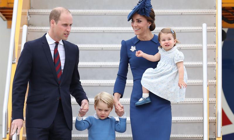 دوق كامبريدج الأمير ويليام برفقة عائلته (Chris Jackson)
