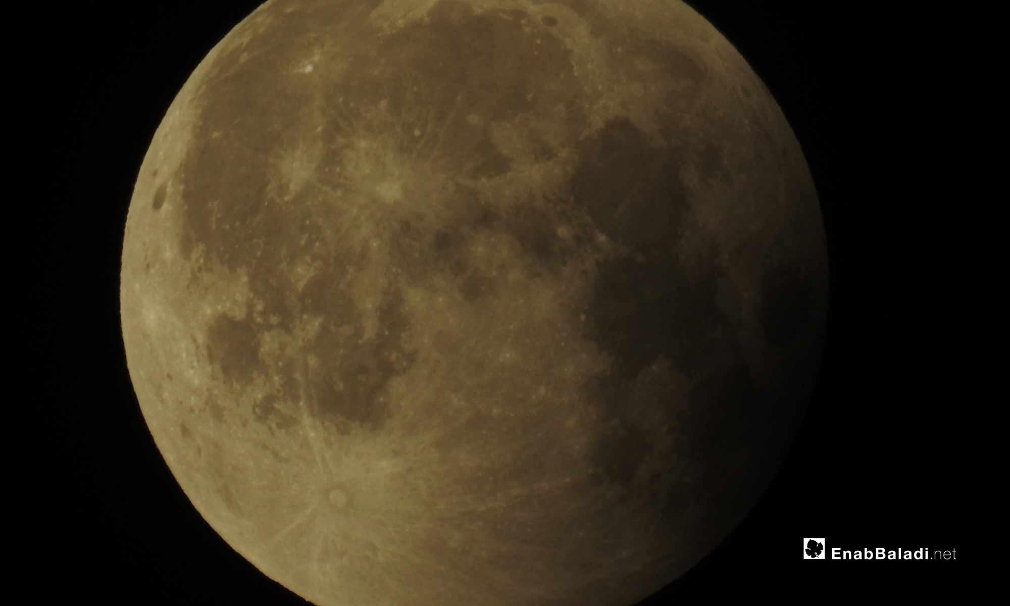 خسوف القمر في ريف حلب الشمالي - 27 تموز 2018 (عنب بلدي)