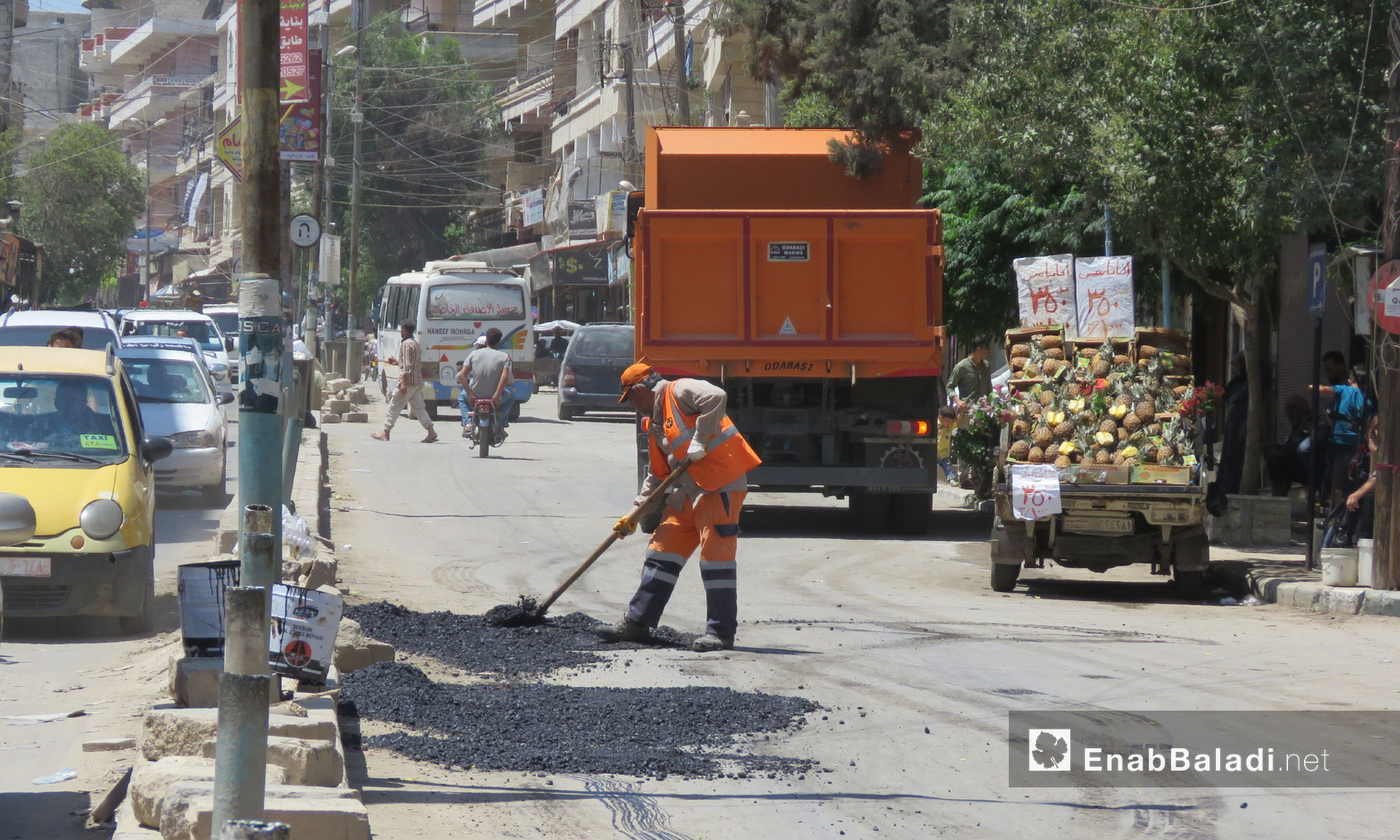 إعادة تأهيل الطرقات في مدينة عفرين - 9 تموز 2018 (عنب بلدي)