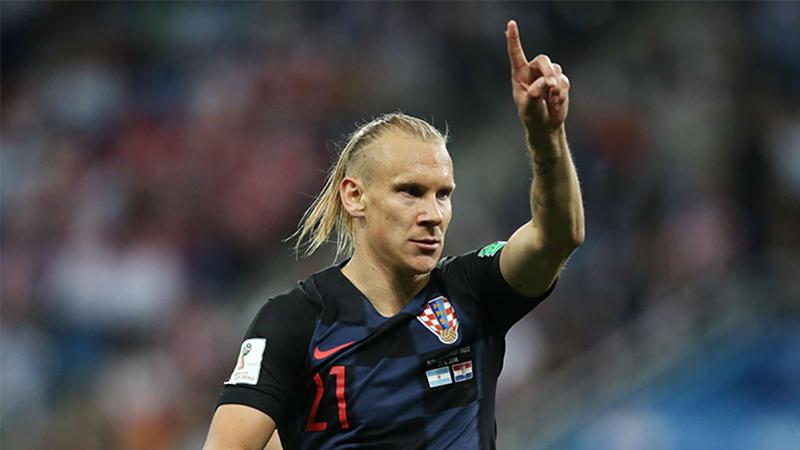 """المدافع الكرواتي """"فيدا"""" في مباراة أمام الأرجنتين-كأس العالم 2018 (انترنت)"""