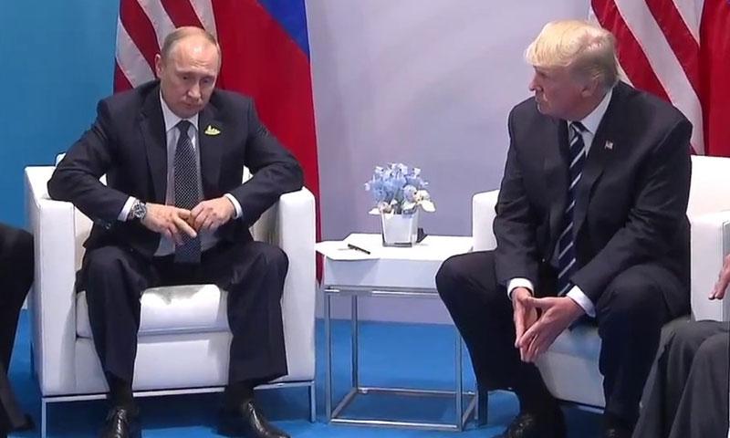 دونالد ترامب وفلاديمير بوتين، قمة تموز 2018 (وكالات أمريكية)