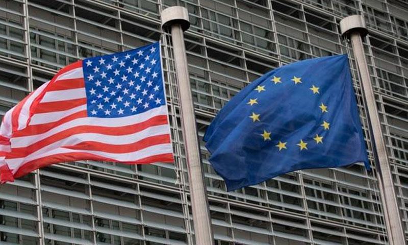 علم الاتحاد الأوروبي وعلم أمريكا - صورة تعبيرية (انترنت)