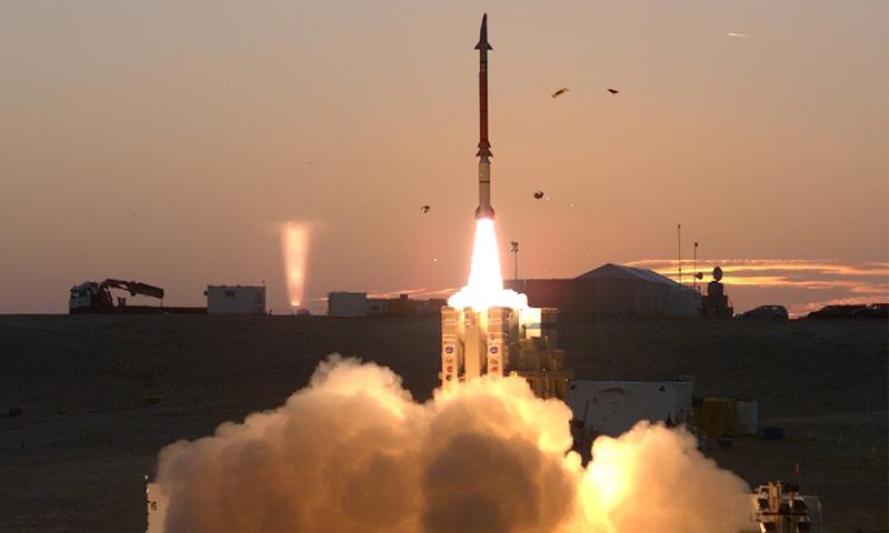 """اختبار منظومة """"مقلاع داوود"""" الدفاعية الإسرائيلية عام 2017 (وكالة الدفاع الصاروخي الأمريكية)"""