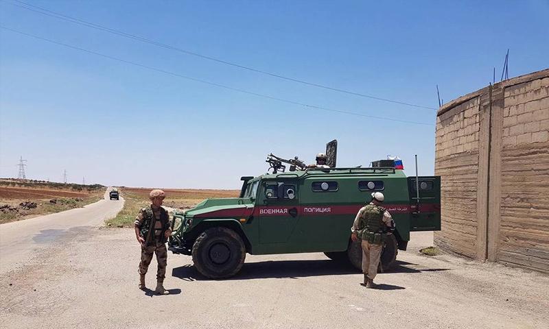 عناصر من الشرطة الروسية في محافظة درعا - تموز 2018 (فيس بوك)