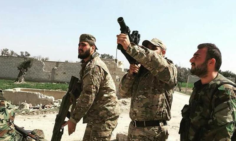 عناصر من قوات النمر في محيط محافظة درعا - حزيران 2018 (فيس بوك)