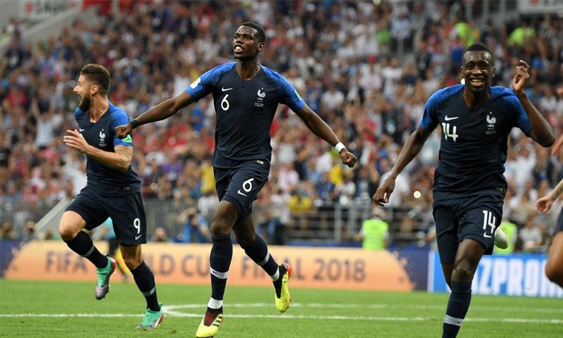 فرحة لاعبي فرنسا بتسجيل الهدف الثالث في نهائي كاس العالم أمام كرواتيا- 15 تموز 2018 (فيفا)