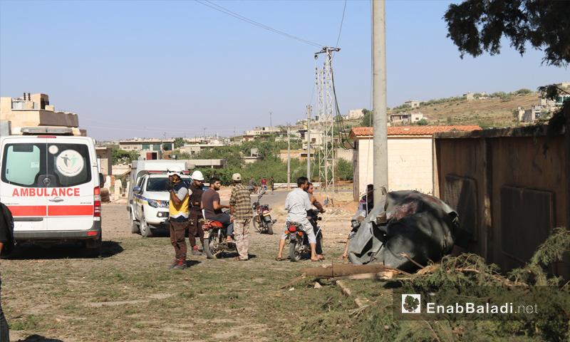 آثار القصف الجوي على قرية الموزرة بريف إدلب - 11 من تموز 2018 (عنب بلدي)