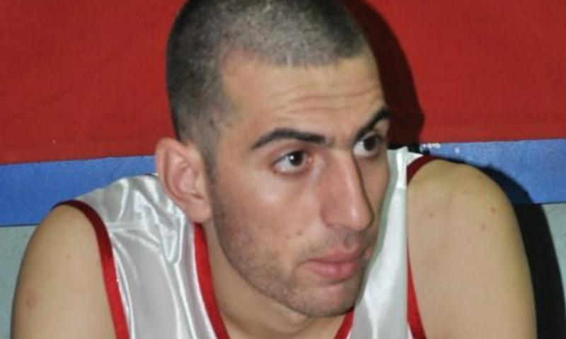 لاعب المنتخب السوري لكرة السلة سامح سرور- (فيس بوك)