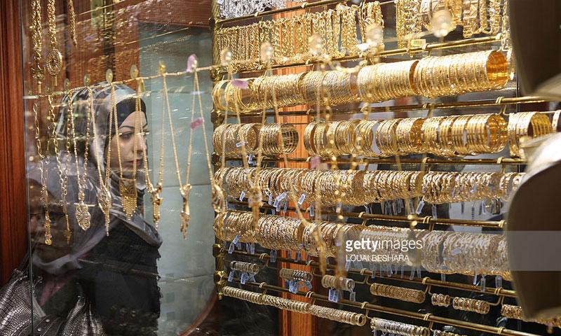 واجهة محل ذهب في دمشق القديمة (مال وأعمال)
