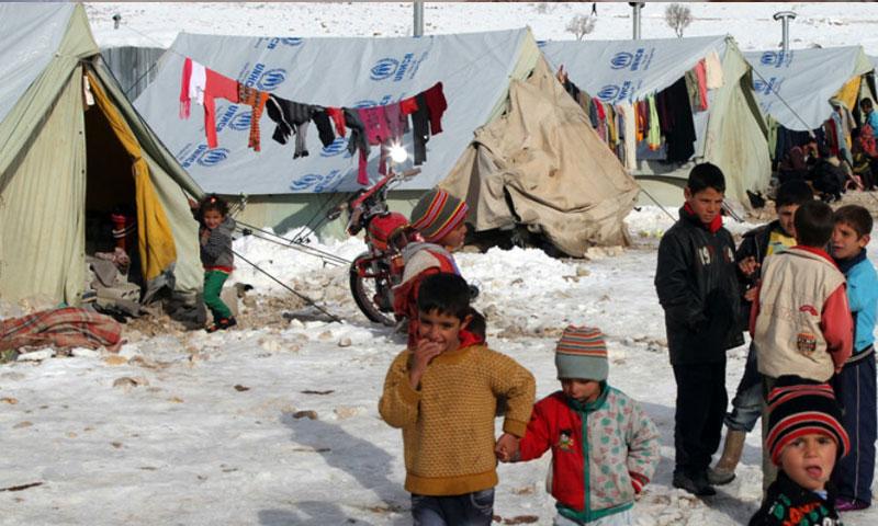 أطفال لاجئون في إحدى مخيمات لبنان (المفوضية السامية)