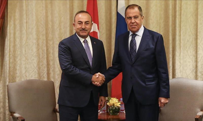وزيرا خارجية روسيا وتركيا سيرغي لافروف ومولود جاويش أوغلو - 14 من آب 2018 (الأناضول)