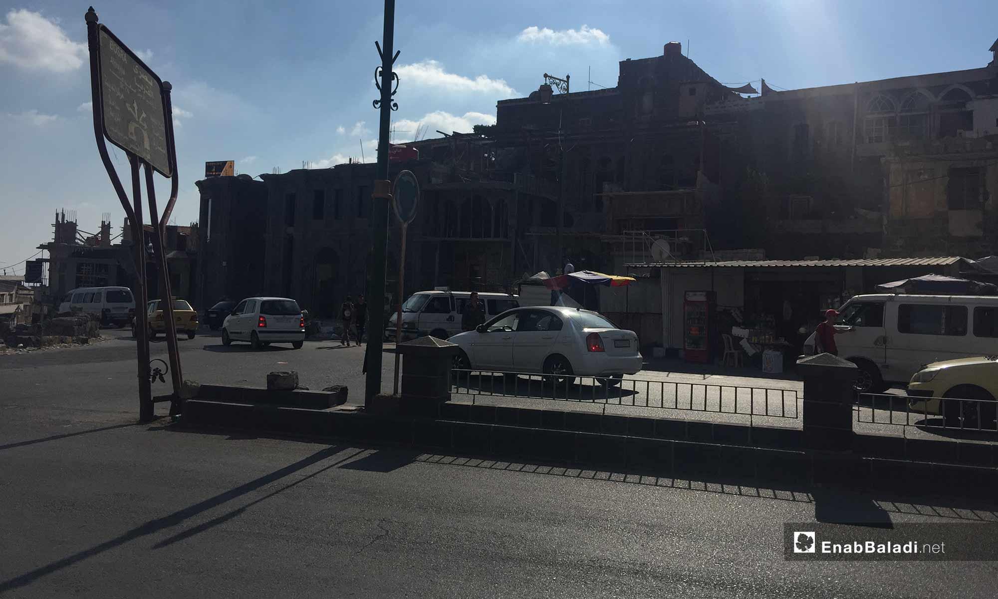 الشارع الواصل لدوار تشرين في مدينة السويداء - 17 من آب 2018 (عنب بلدي)