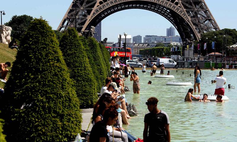 العاصمة الفرنسية بارس، وموجة الحر -صورة تعبيرية (وكالات عالمية)