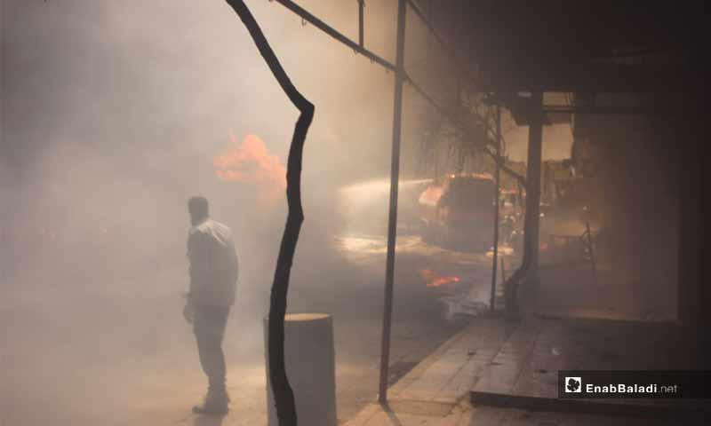 حريق إثر انفجار مولد كهربائي في معرة النعمان بريف إدلب- 13 آب 2018 (عنب بلدي)