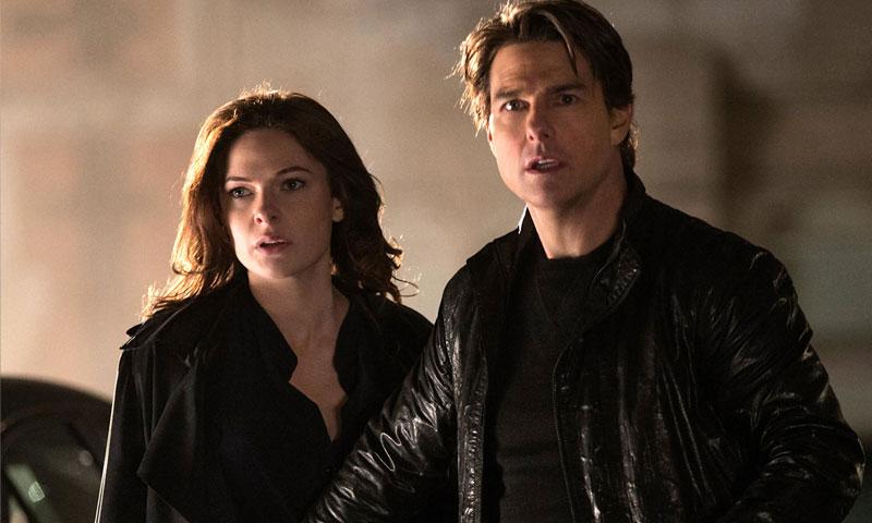 """توم كروز وريبيكا فيرغسون من """"مهمة مستحيلة 6"""" (يوتيوب)"""