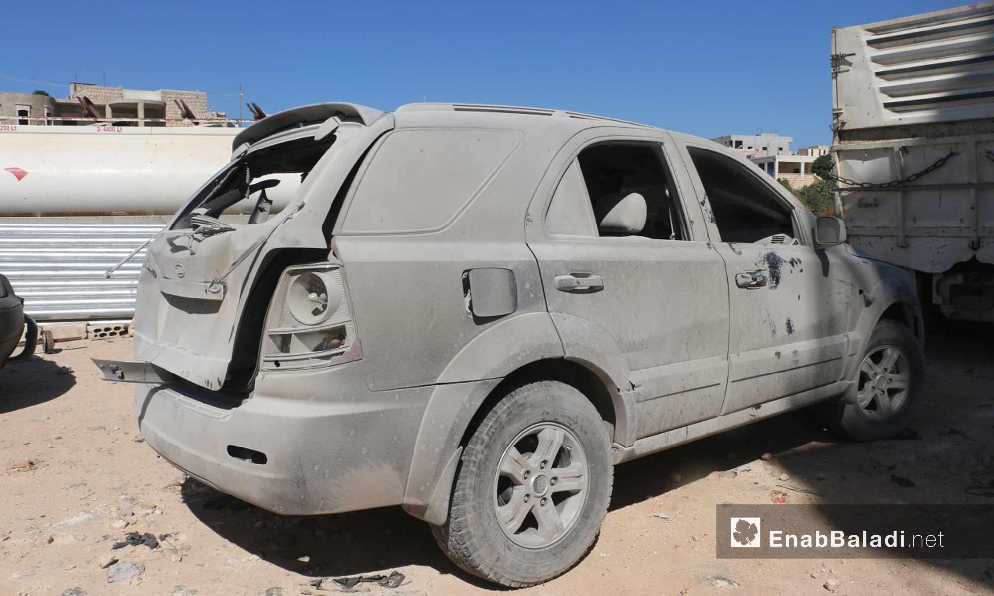 آثار الدمار الذي خلفه انفجار مستودع ذخيرة في مدينة سرمدا بريف إدلب - 12 من آب 2018 (عنب بلدي)