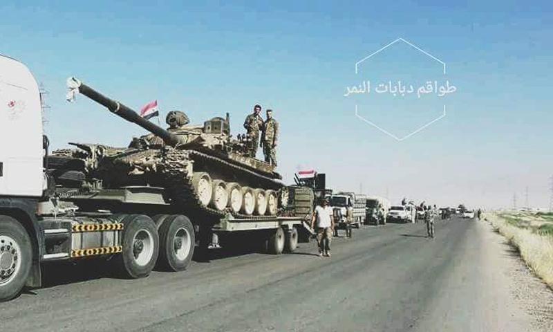 تعزيزات عسكرية لقوات الأسد في طريقها لريف حماة الشمالي - 10 من آب 2018 (فيس بوك)