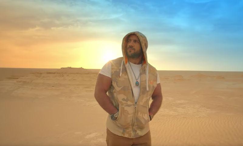 الفنان أحمد مكي في أغنية أغلى من الياقوت (يوتيوب)
