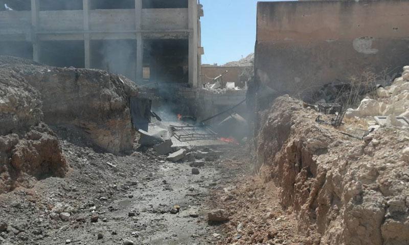قصف على مركز الدفاع المدني بالتمانعة بريف ادلب الجنوبي 6 أيلول 2018 (الدفاع المدني)