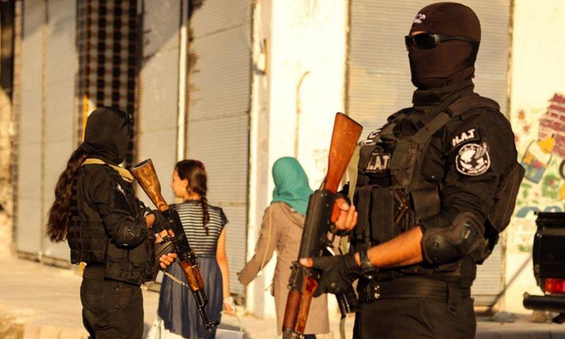 قوات الأمن الداخلي التابعة لـ قسد في الرقة (الأمن الداخلي في فيس بوك)